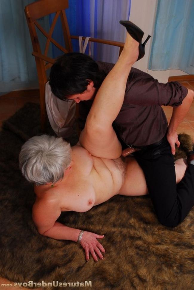 Упитанная мать и сын фото порно