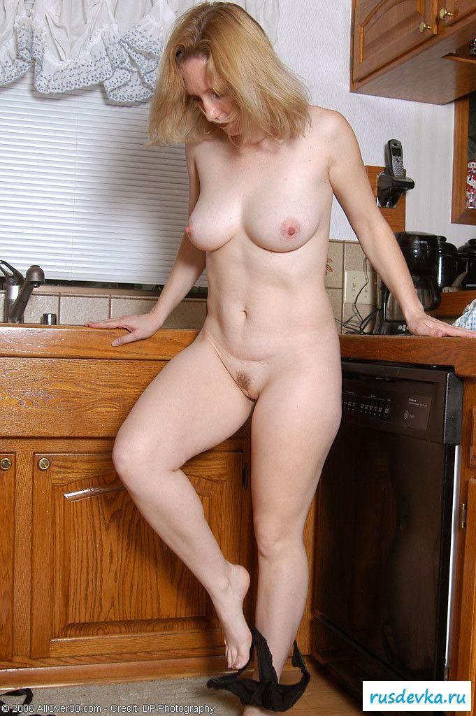Мама собирается обнажить себя перед обедом (изображения)
